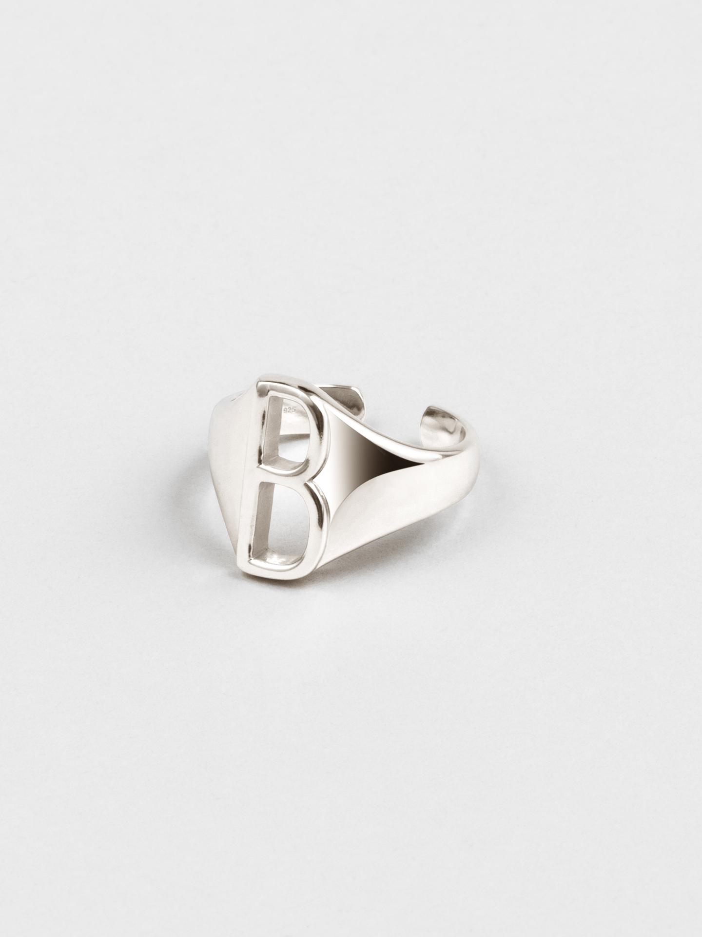 Letter B Ring