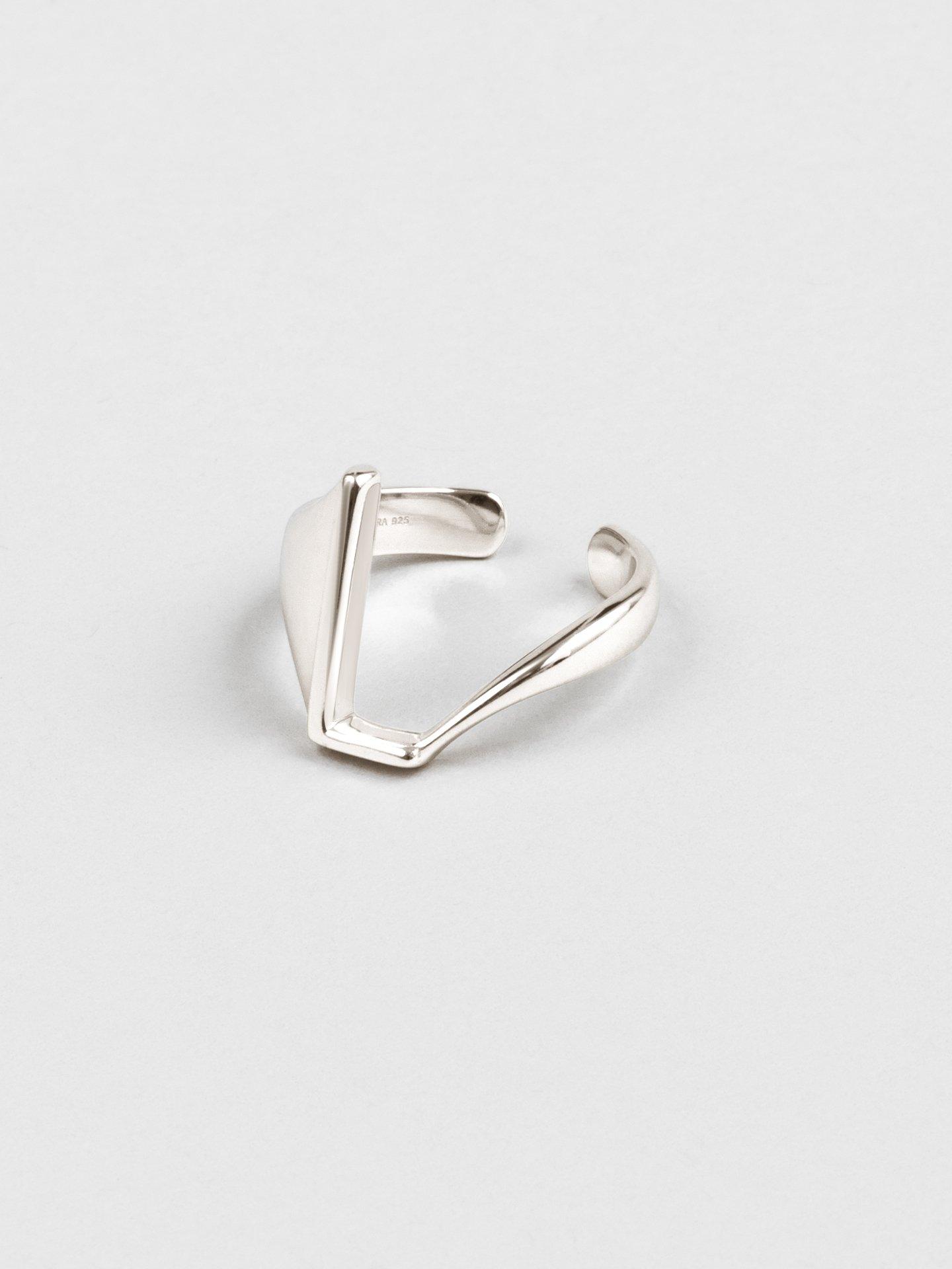 Letter L Ring