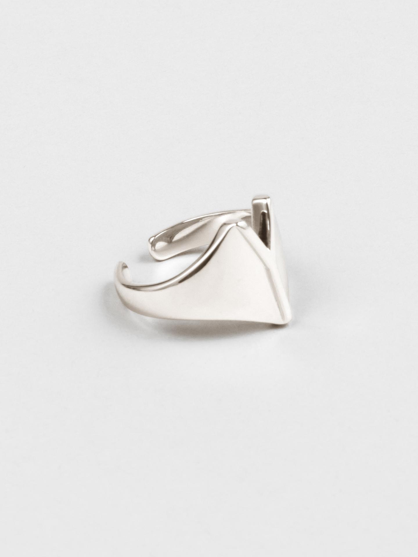 Letter Y Ring