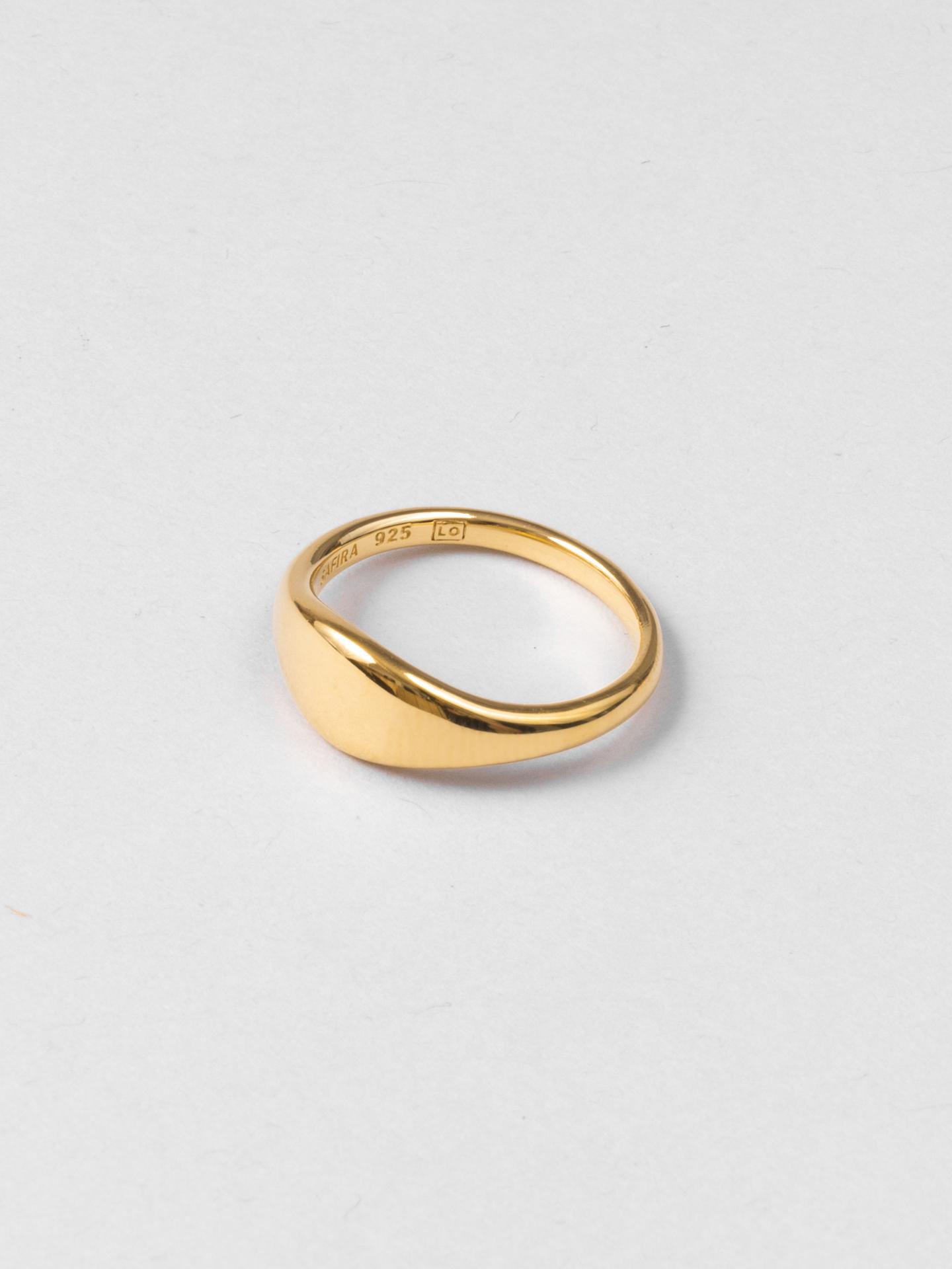 Signet Leo Ring