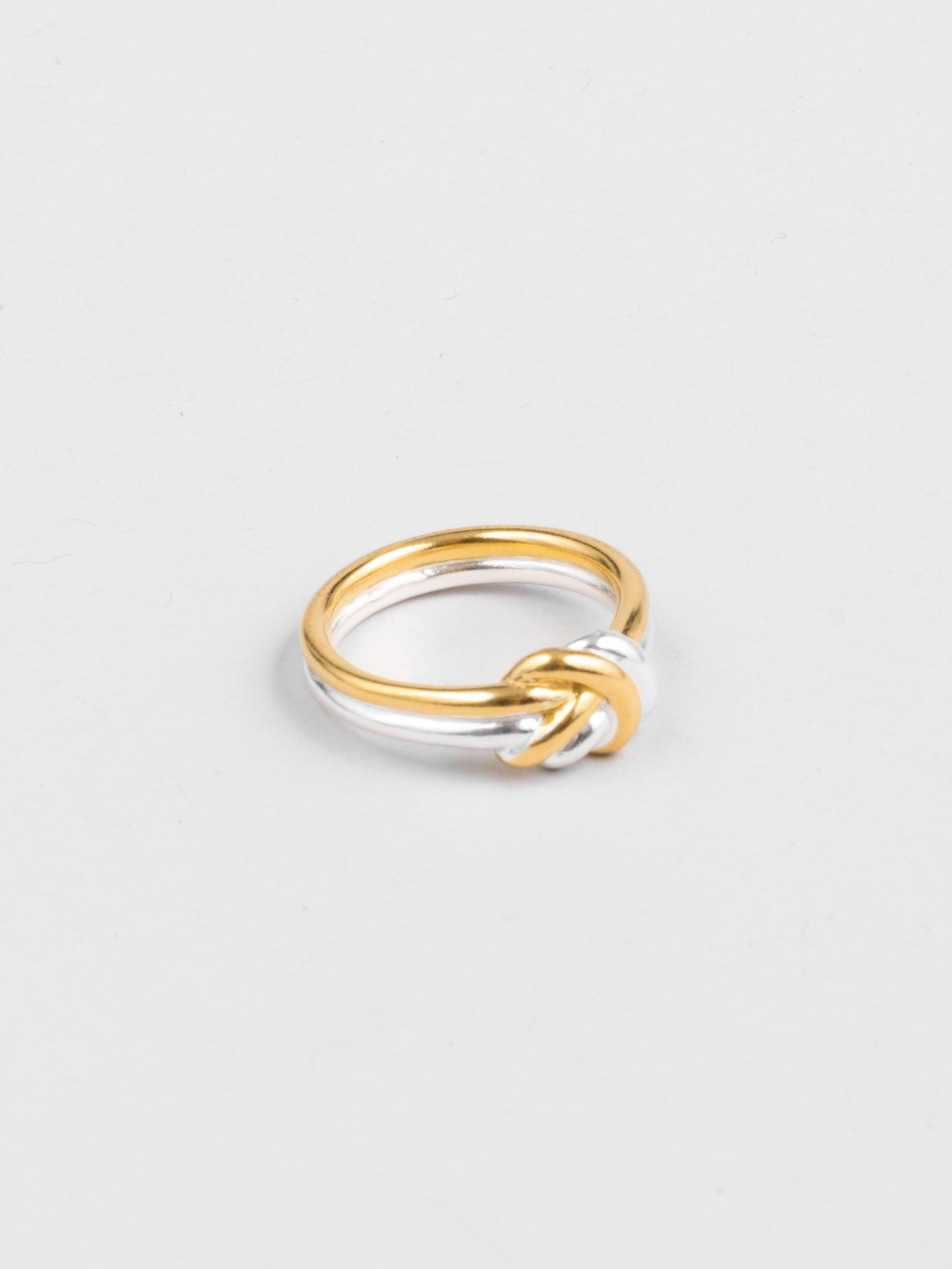 Mixed Knot Ring