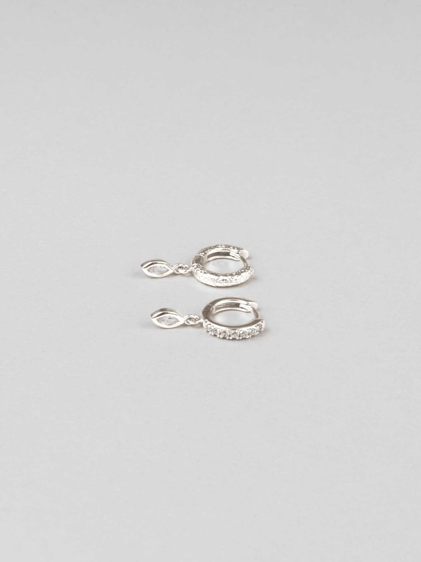 Amoureux Clear Hoops