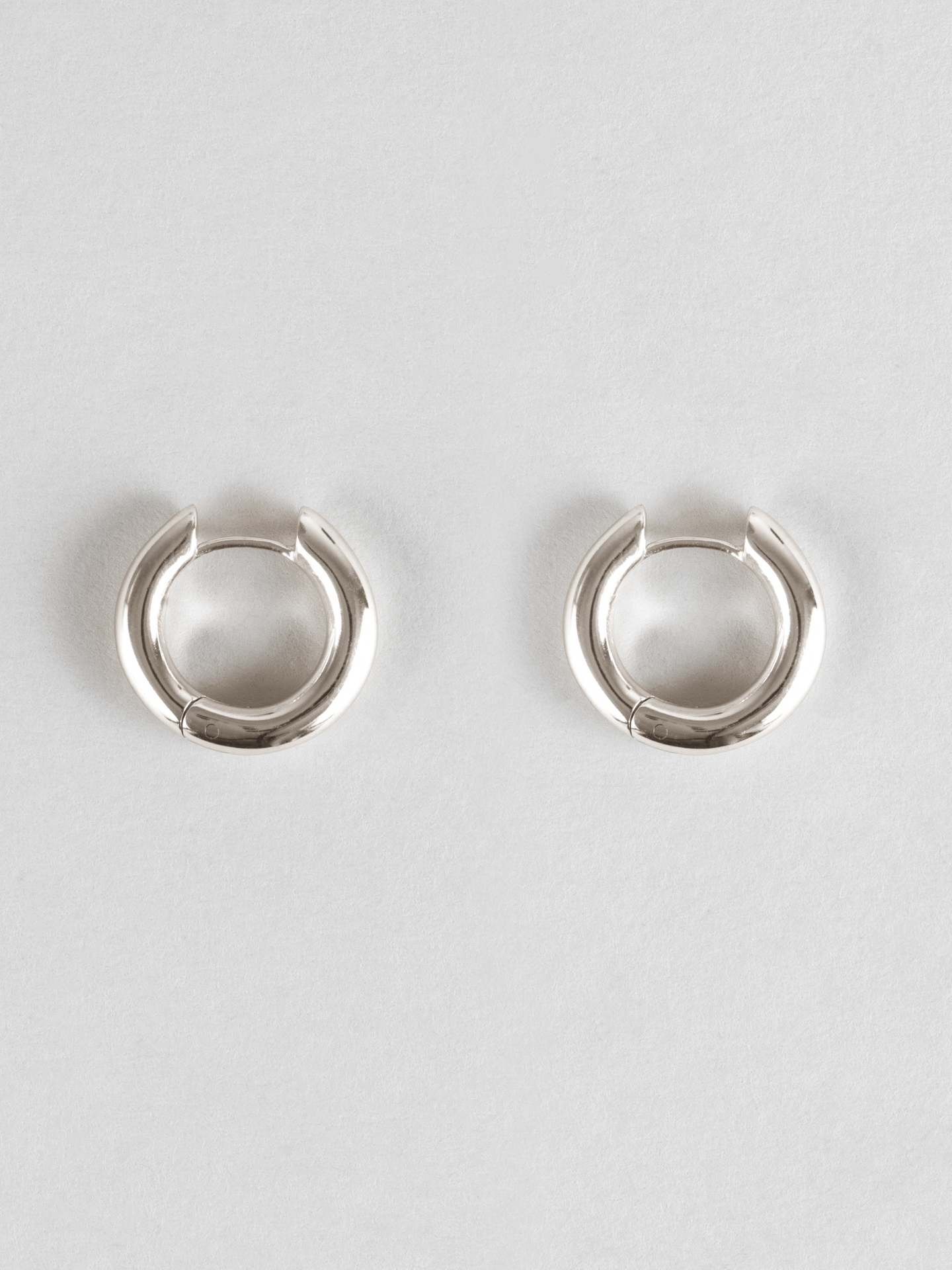 Small Bold Hoops