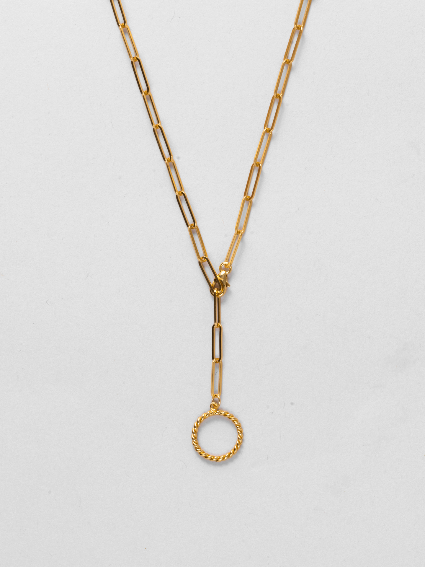 Twisted Circle Chain Necklace