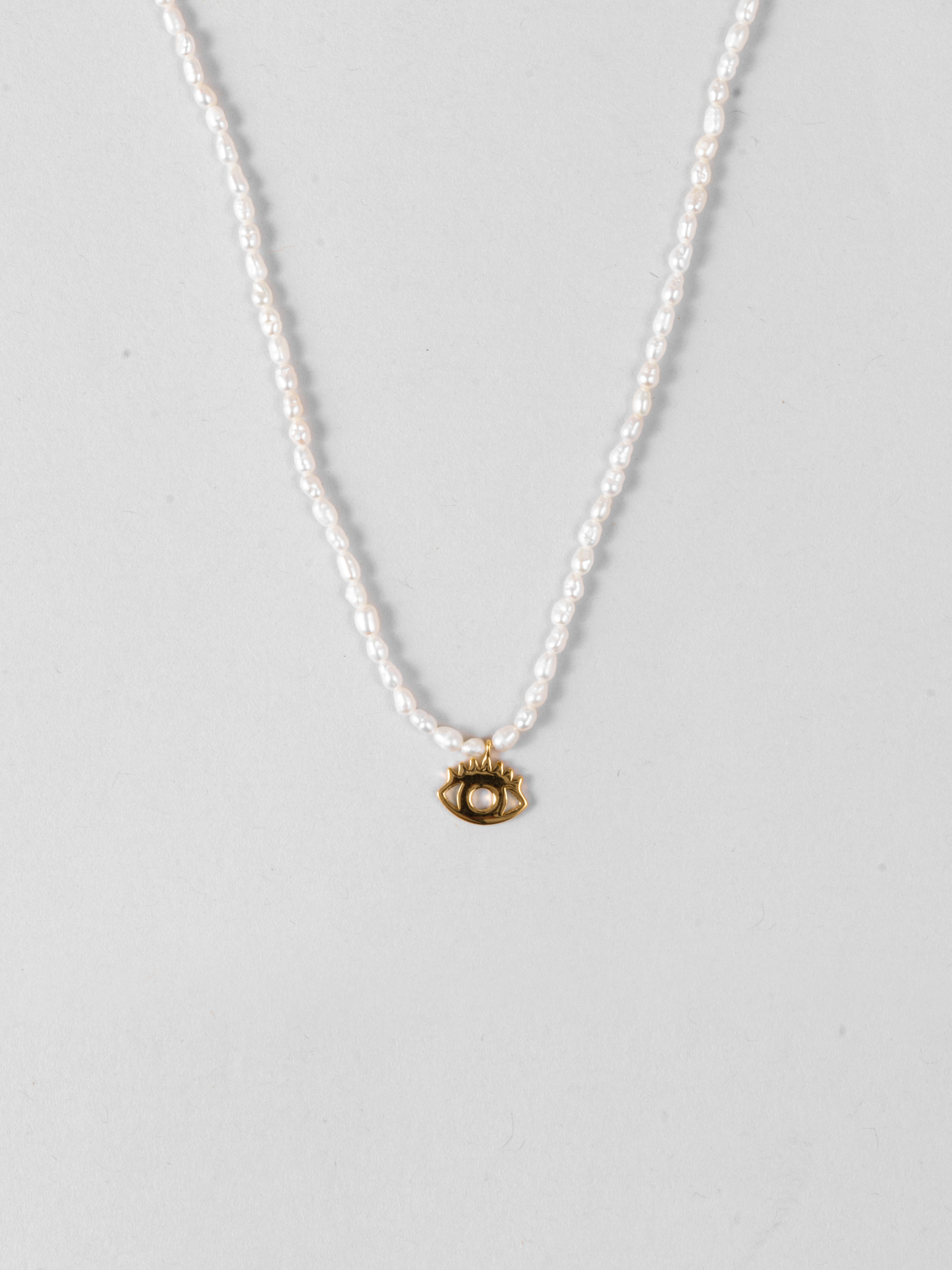 Eye Pearl Necklace